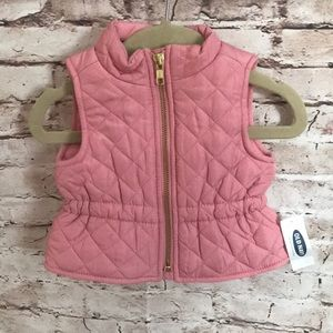 OLD NAVY PUFFER VEST SIZE 0-3 M